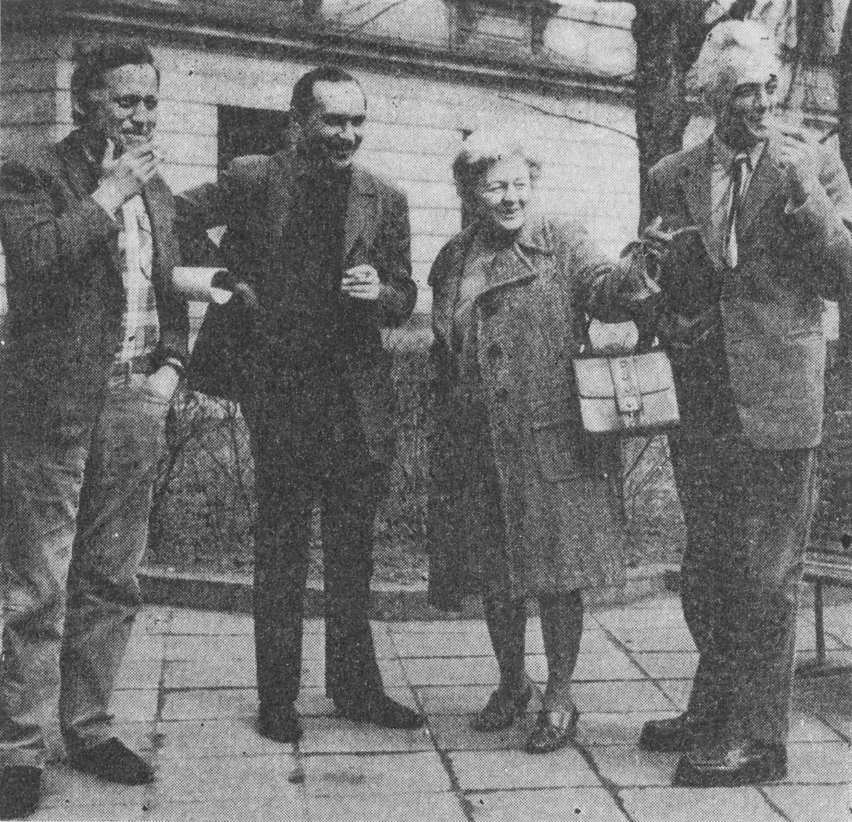 Designers of the Embassy in Pyongyang – from the left: Michał Gutt, Wiesław Nowak, Alina Scholtz, Tadeusz Zieliński photo N.N. Architektura 1971, no. 8, p. 314 National Library, file no. P.23099 II egz. copyright - public domain